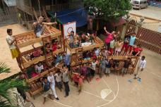 Winnende groepsfoto uit 2014 van Cambodja Morowood